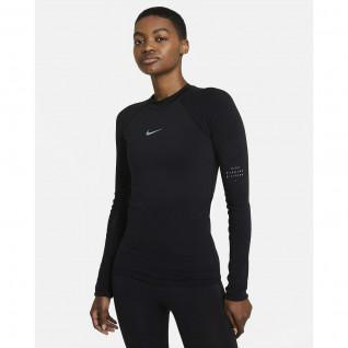 Camiseta Nike Run Division para mujer